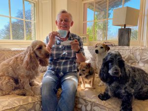 Martin Clunes and his dogs join the Guide Dogs virtual tea party